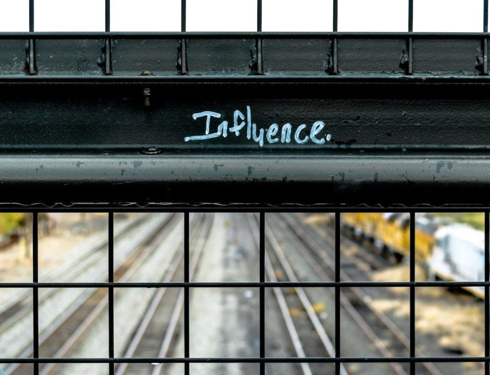 Influencer Marketing Tips for Brands [7 Strategies]